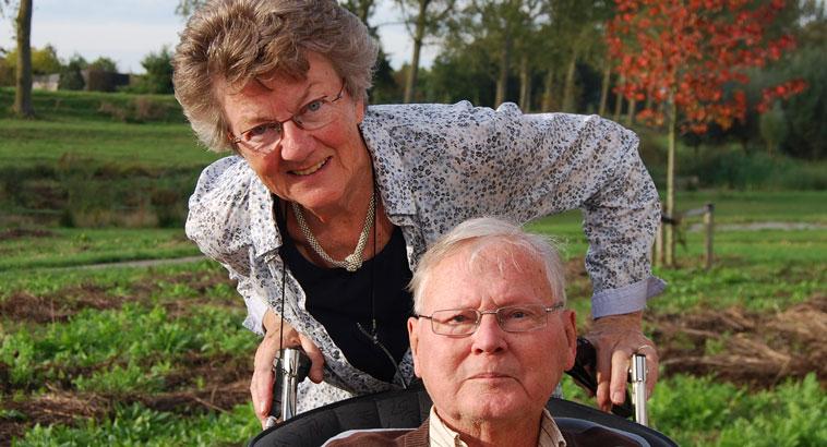 De heer en mevrouw Vlottes bij de Geniedijk